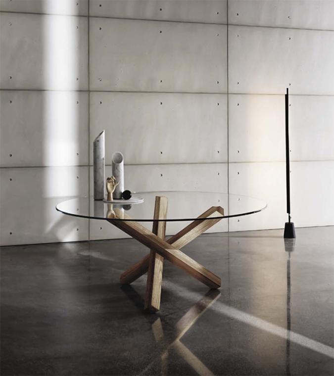 Tus aliados para dar amplitud a tu hogar. decorar con objetos y muebles de cristal vuelve a ser tendencia.