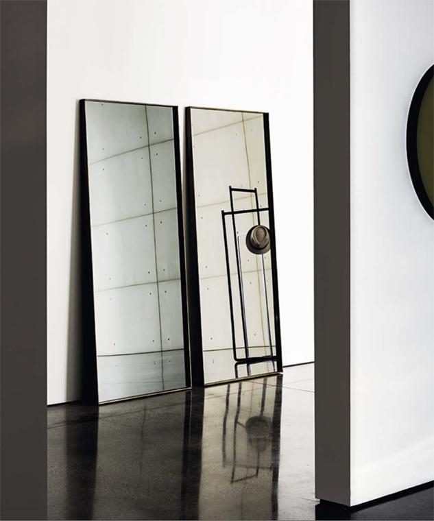 Tus aliados para dar amplitud a tu hogar. Te proponemos varias ideas como crear una composición de espejos mezclados con tus cuadros favoritos, decorar solo una zona de la pared con espejos o llenarla de estos objetos…
