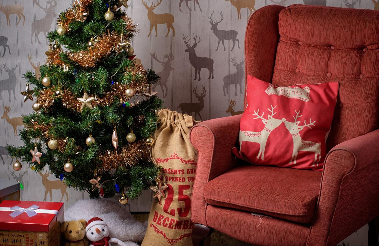 Trucos para ahorrar espacio en tus celebraciones navideñas.